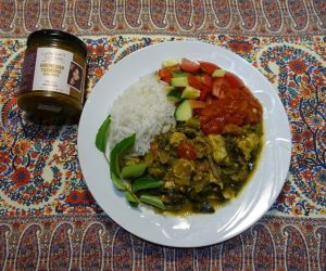 Indonesian Turmeric Chicken and Veggie Curry plating