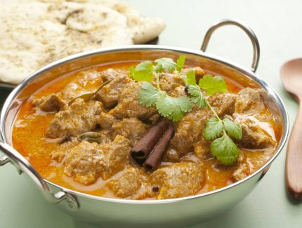 Slow Cooker Diced Lamb Rogan Josh with Fennel